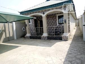 Neat 3 Bedroom Flat For Sale | Houses & Apartments For Sale for sale in Lagos State, Ipaja