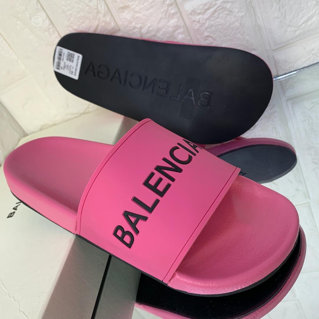 Balenciaga Available in Purple Color Order Yours Now | Shoes for sale in Lagos Island (Eko), Lagos State, Nigeria