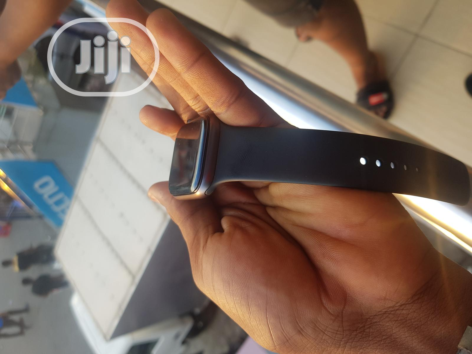 Uk Used Apple Series 3 42mm Watch | Smart Watches & Trackers for sale in Ikeja, Lagos State, Nigeria