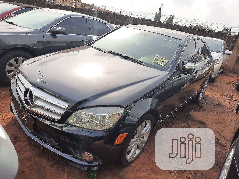 Mercedes-Benz C300 2009 Black