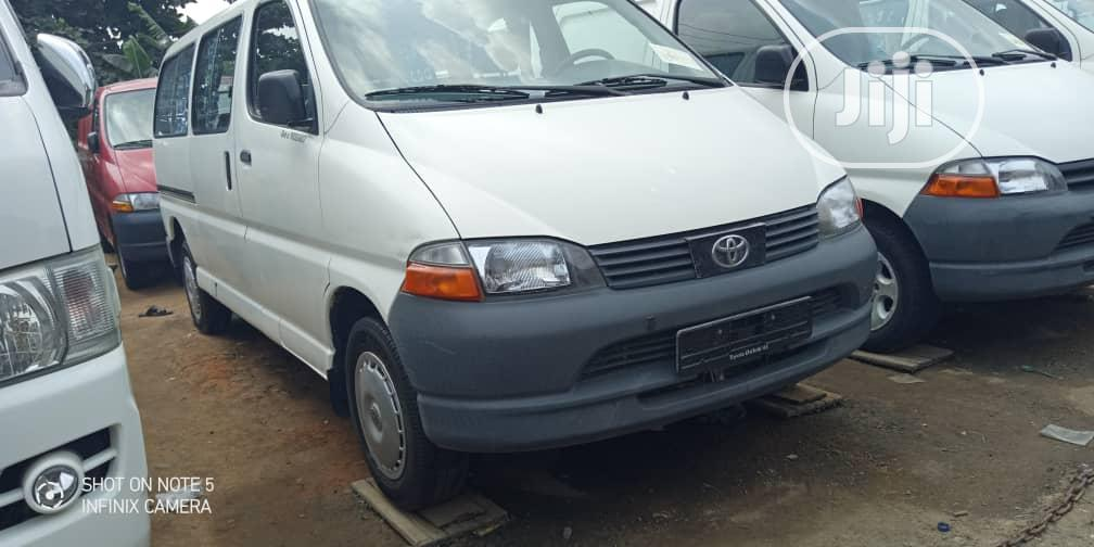 Toyota Hiace Bus 2003 Model, White