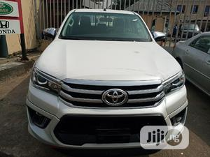 New Toyota Hilux 2019 SR5+ 4x4 White | Cars for sale in Lagos State, Amuwo-Odofin