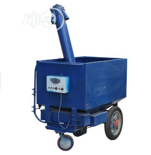 China Factory Automatic Modern Chicken Feeding Car Electric Feeder | Farm Machinery & Equipment for sale in Lagos Island (Eko), Lagos State, Nigeria