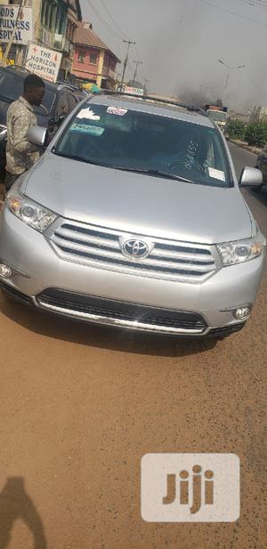 Toyota Highlander 2011 SE Silver | Cars for sale in Oyo State, Oluyole