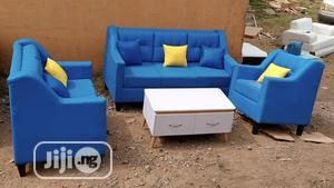 Set of 6 Seaters Sofa Chairs With Centre Table. 3-2-1 Seater Couches | Furniture for sale in Lagos State