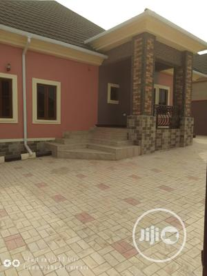 Sharp 3bedroom Bungalow | Houses & Apartments For Sale for sale in Enugu State, Enugu