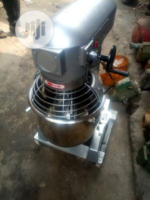 Cake Mixer 10 Liters High Quality | Restaurant & Catering Equipment for sale in Lagos State, Ikeja