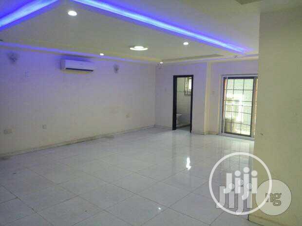 4bdrm Duplex in Lekki for Rent