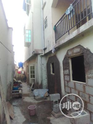 2bdrm Apartment in Graceland Estate, Alimosho for Rent | Houses & Apartments For Rent for sale in Lagos State, Alimosho