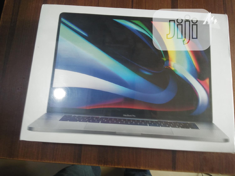 New Laptop Apple MacBook Pro 16GB Intel Core I9 SSD 1T
