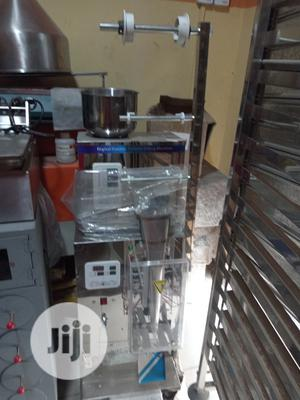 Packaging Machine. For Powdered Stuffs | Manufacturing Equipment for sale in Lagos State, Badagry