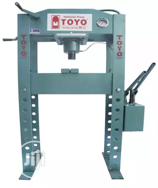 30 Ton Hydraulic Press Machine