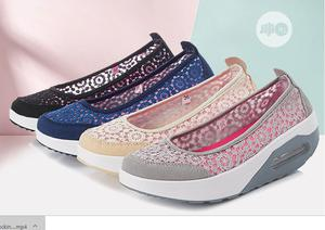 Lace Comfy Sneakers   Shoes for sale in Oyo State, Ido