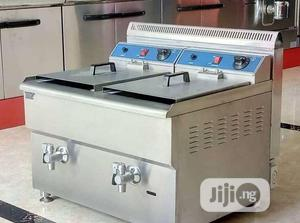 Table Top Double Tank Deep Gas Fryer   Kitchen Appliances for sale in Lagos State, Ojo
