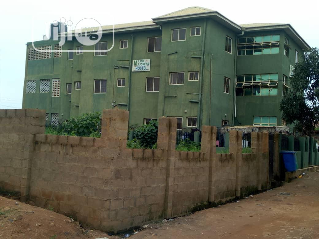 27 Unit A Room And Self Contained, Proximity To Poly, U.I, Apete