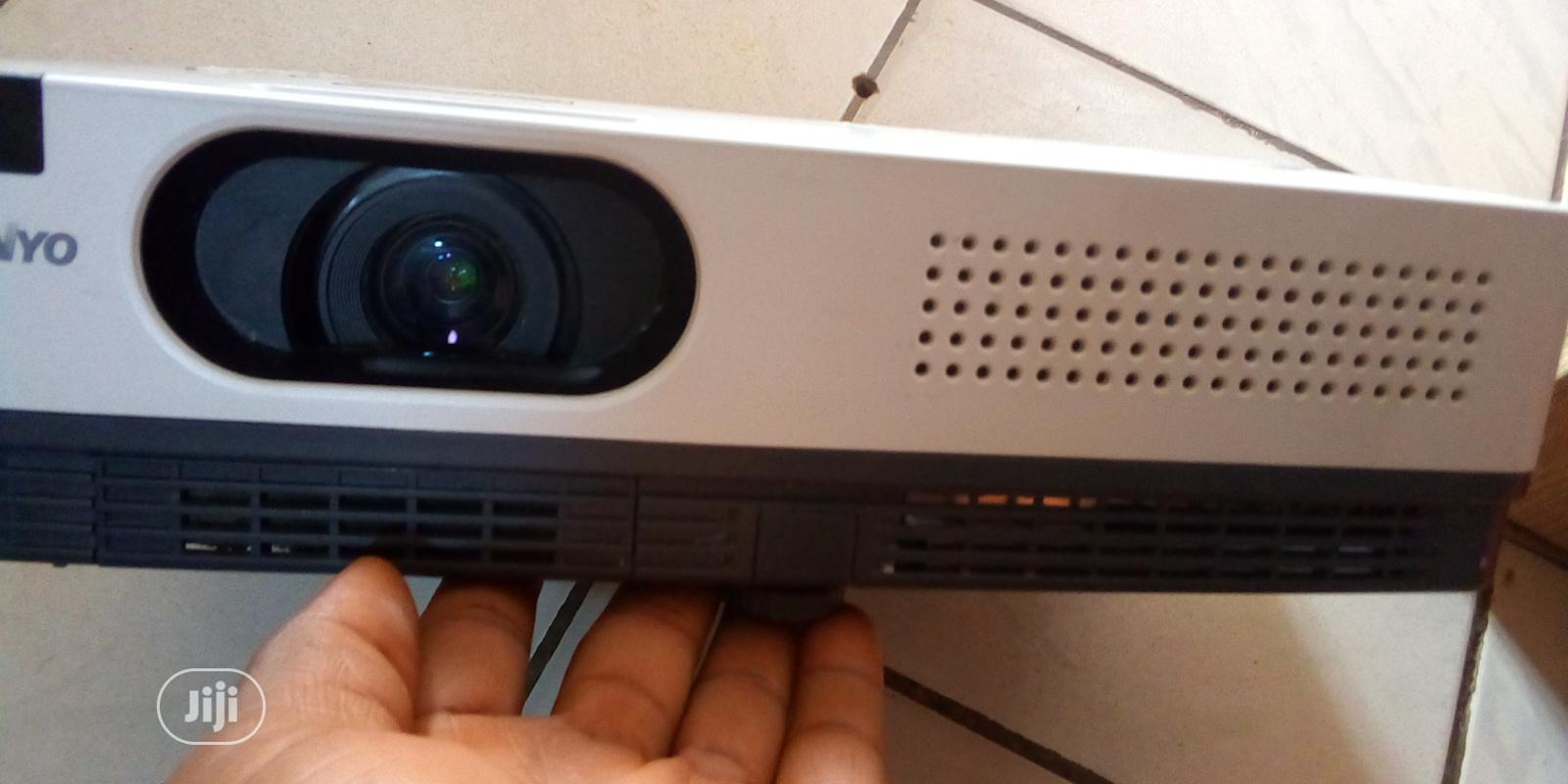Super Bright Sanyo Projector | TV & DVD Equipment for sale in Abeokuta North, Ogun State, Nigeria
