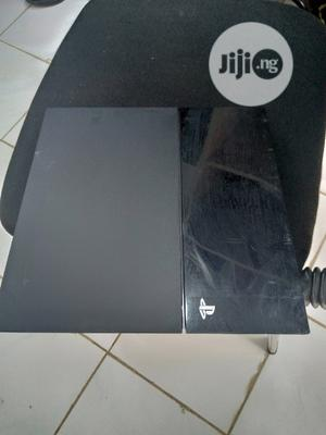 Playstation 4 With Fifa 21 +2 Pads + 5 Free Games | Video Game Consoles for sale in Rivers State, Oyigbo