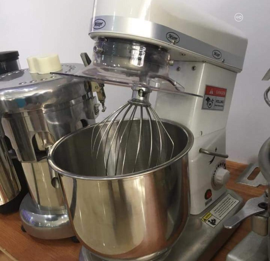 High Quality 7 Litters Cake Mixer