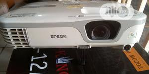 Bright Epson Projector | TV & DVD Equipment for sale in Abuja (FCT) State, Dei-Dei