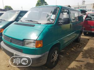 Delivering Volkswagen Transporter 2002 Green.   Buses & Microbuses for sale in Lagos State, Apapa