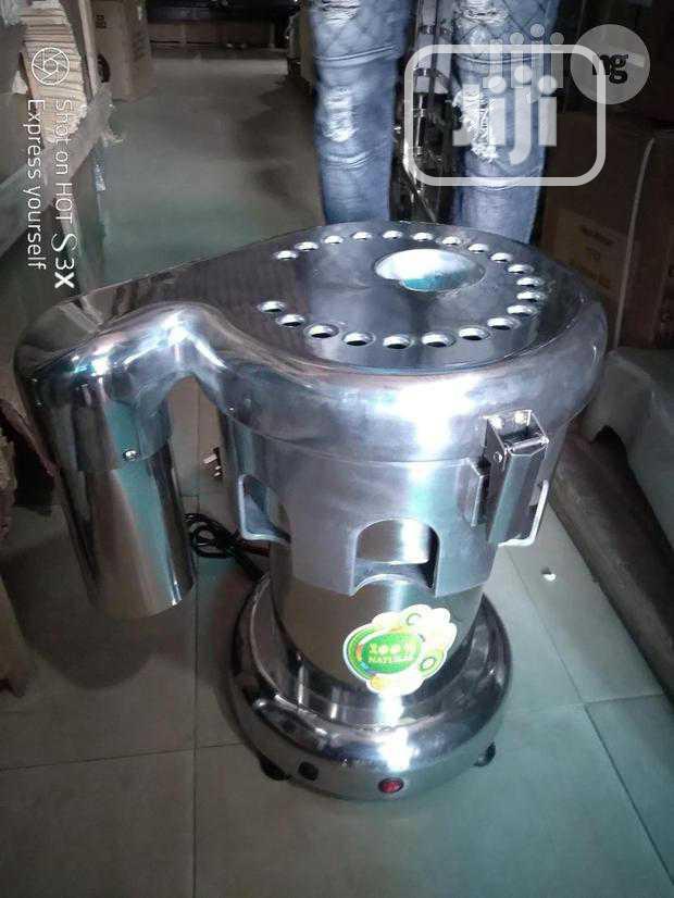 Archive: Middum Juice Extractor