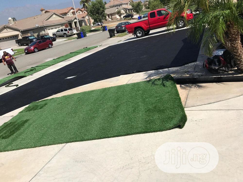 Original & High Quality 15mm Artificial Green Grass Carpet.