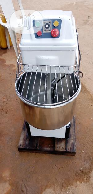 Dough/Spiral Mixer 30liters 12.5kg   Restaurant & Catering Equipment for sale in Lagos State, Ojo