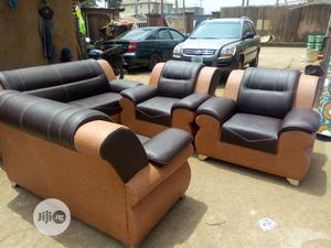 7 Seater Quality Leather Sofa for Sale   Furniture for sale in Lagos State, Surulere