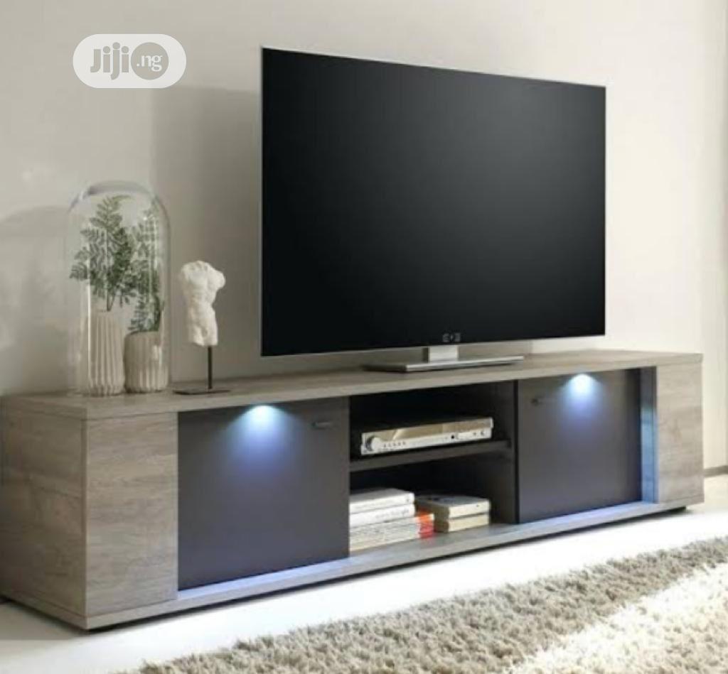 Design Tv Stand
