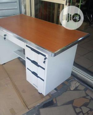 Metal Leg Office Table With Wooden Top | Furniture for sale in Lagos State, Ojo