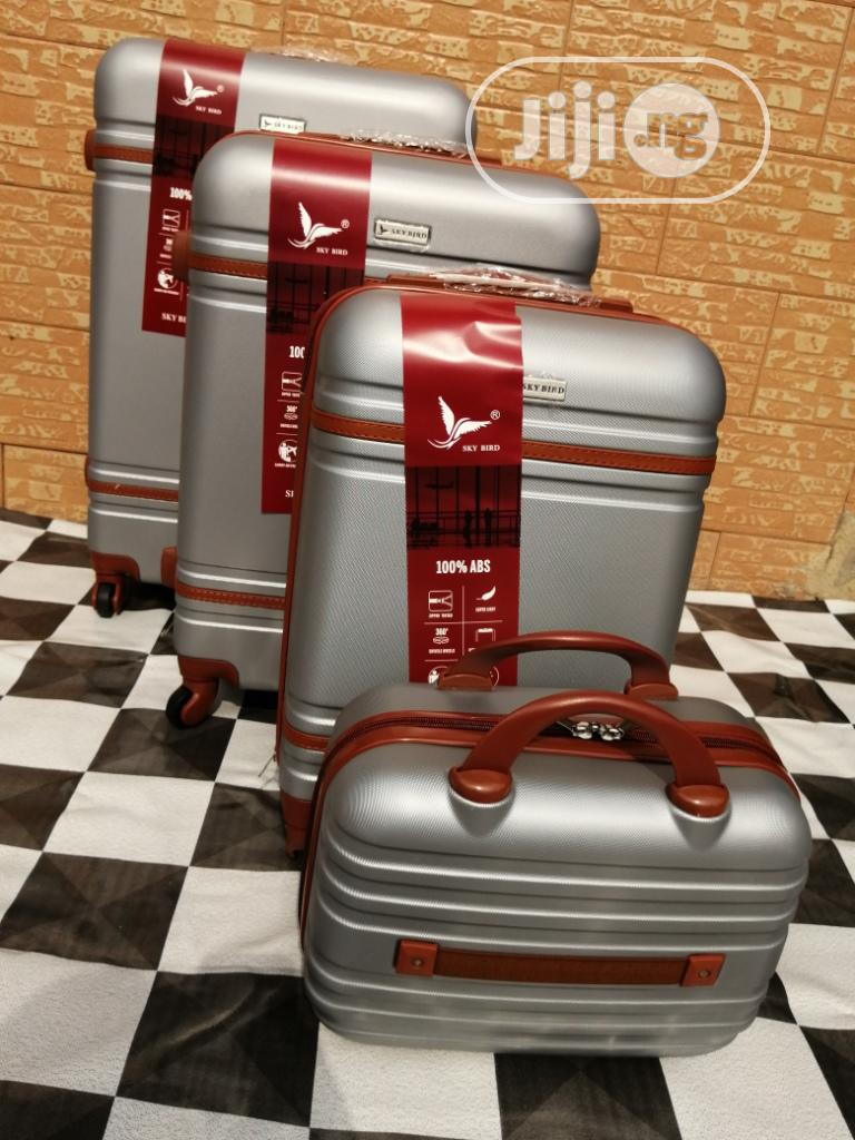 Beautiful Silver Color Luggage Bags (4 Sets) Available In Stock