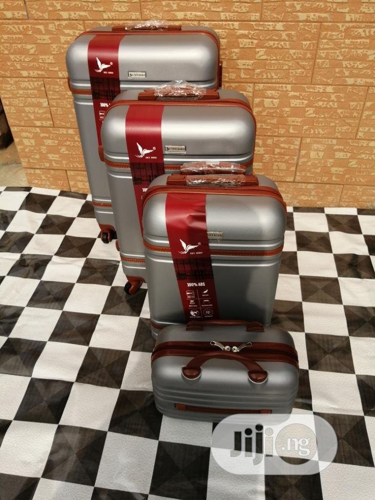 Travel Luggage Bags (4 Sets) Of Silver Color For Internationals