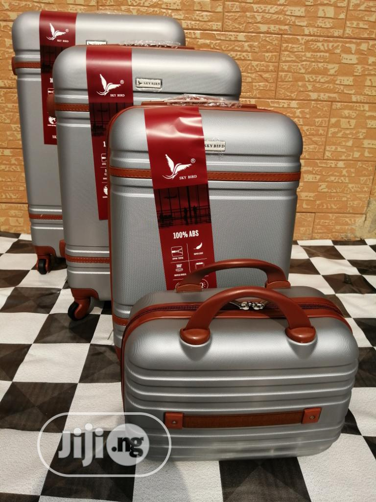 Cool Wheeled Silver Color Trolley Luggage Bags (4 Sets) Now Available