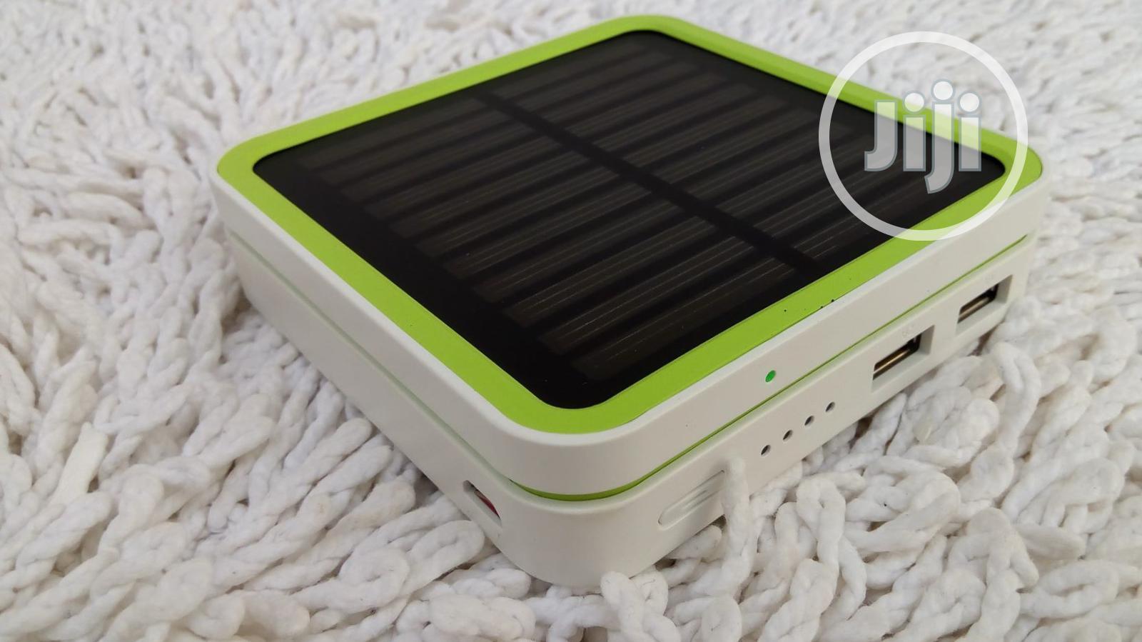 Solar Mobile Power Bank - 6000mah Battery