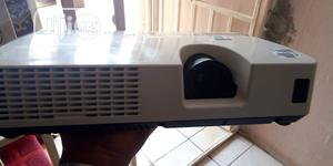 Bright Projector | TV & DVD Equipment for sale in Abuja (FCT) State, Gaduwa