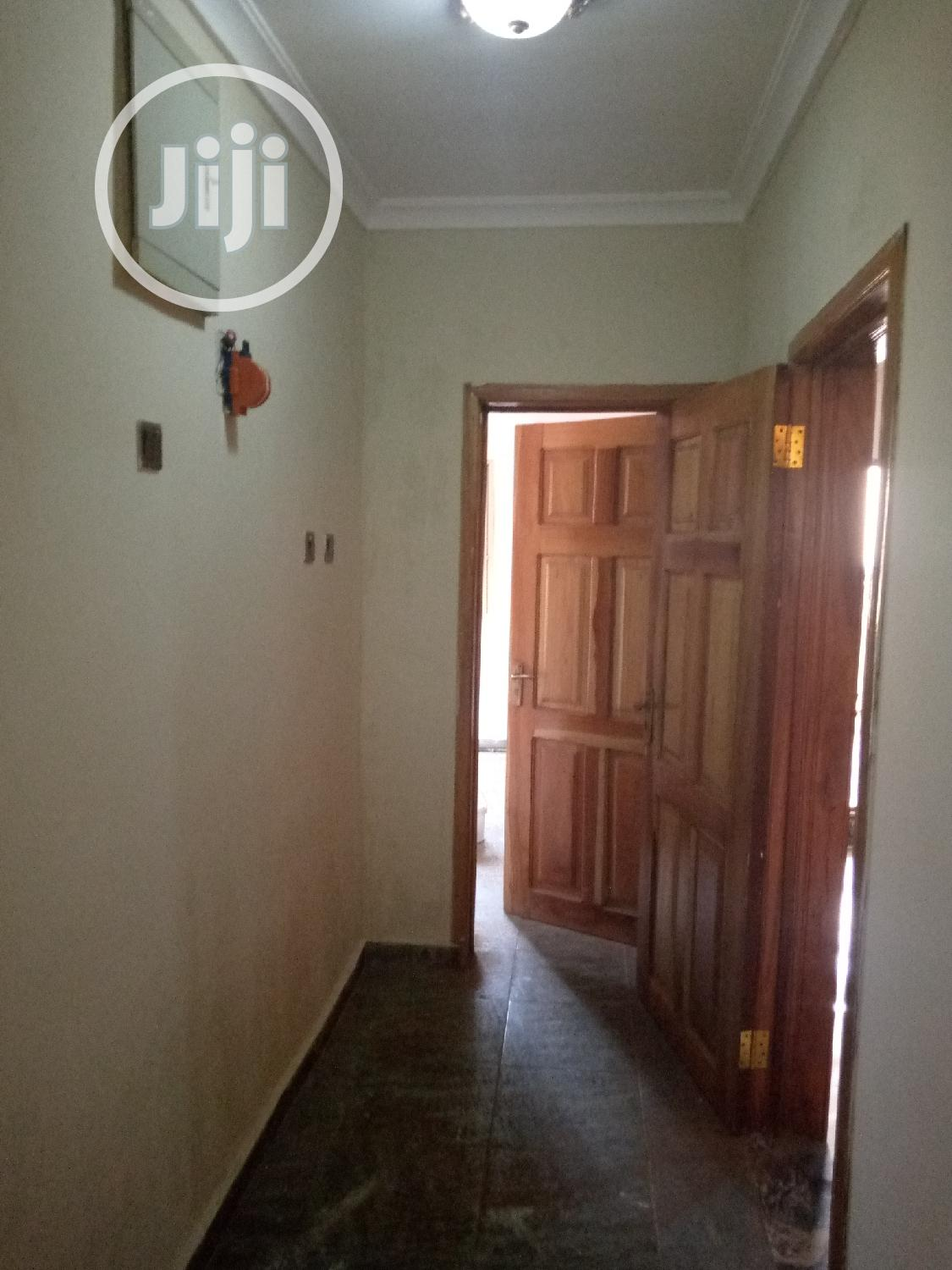 Three Bedroom Flat Apartment Within Apete | Houses & Apartments For Rent for sale in Ido, Oyo State, Nigeria