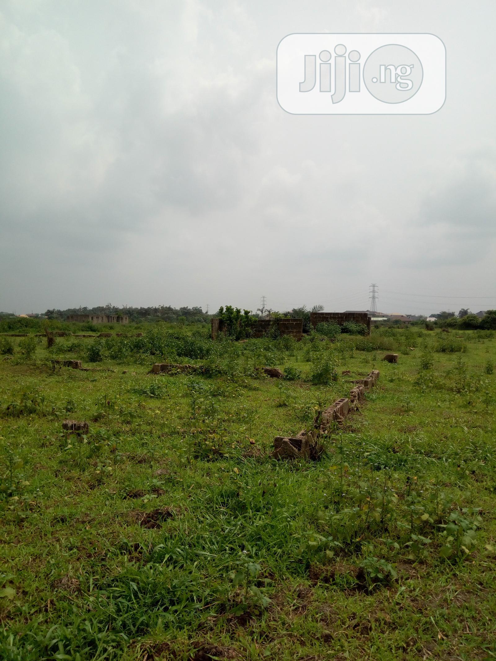 Half Plot Of Land At Magboro Ogun State For Rent