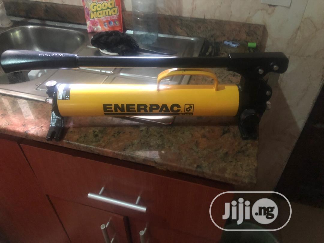 Archive: Enerpac Hydraulic Pump