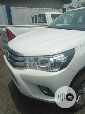 New Toyota Hilux 2019 SR 4x4 White | Cars for sale in Lagos State, Ikeja