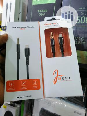 iPhones To 3.5mm Audio Cable   Accessories & Supplies for Electronics for sale in Lagos State, Ikeja