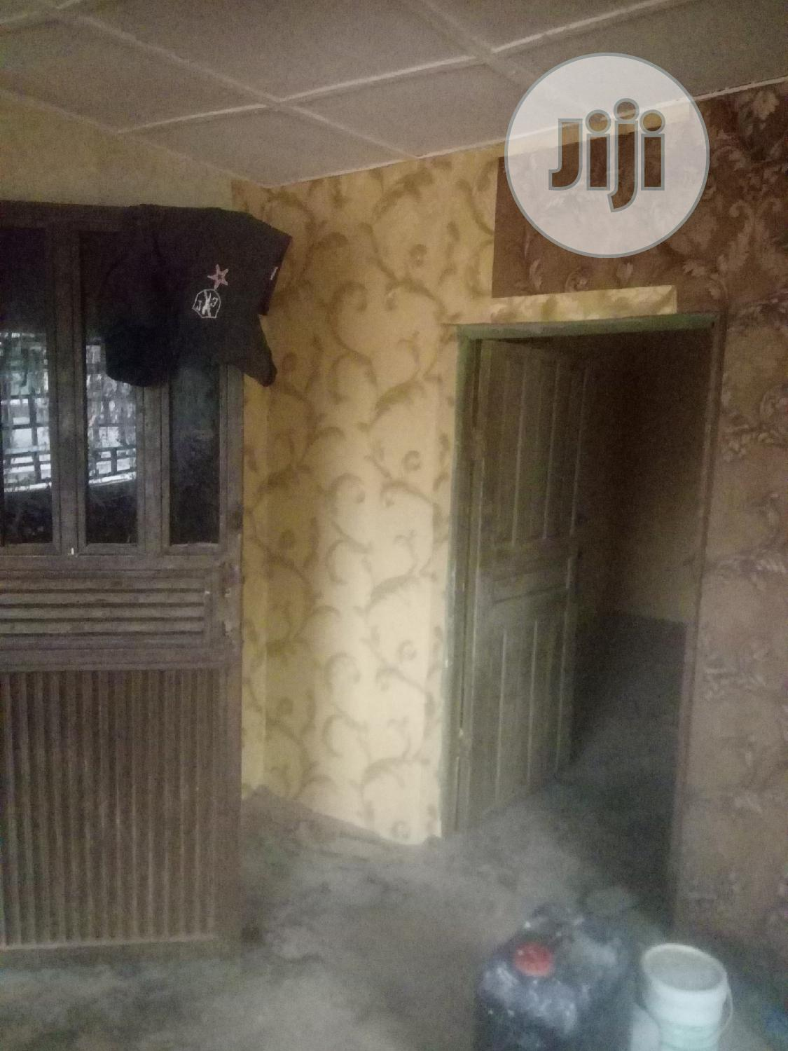 Screeding, Wallpaper And Stucco Painting | Building & Trades Services for sale in Nyanya, Abuja (FCT) State, Nigeria