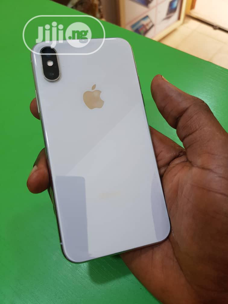 Apple iPhone X 64 GB Silver | Mobile Phones for sale in Benin City, Edo State, Nigeria