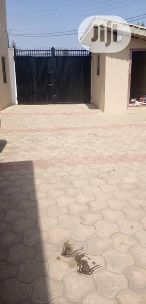 Two Bedroom Flat Apartment Within Oluyole   Houses & Apartments For Rent for sale in Oyo State, Ibadan