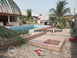 Standard 30 Rooms Hotel With Swimming Pool For Sale @ Eneka Igwuruta | Commercial Property For Sale for sale in Rivers State, Port-Harcourt