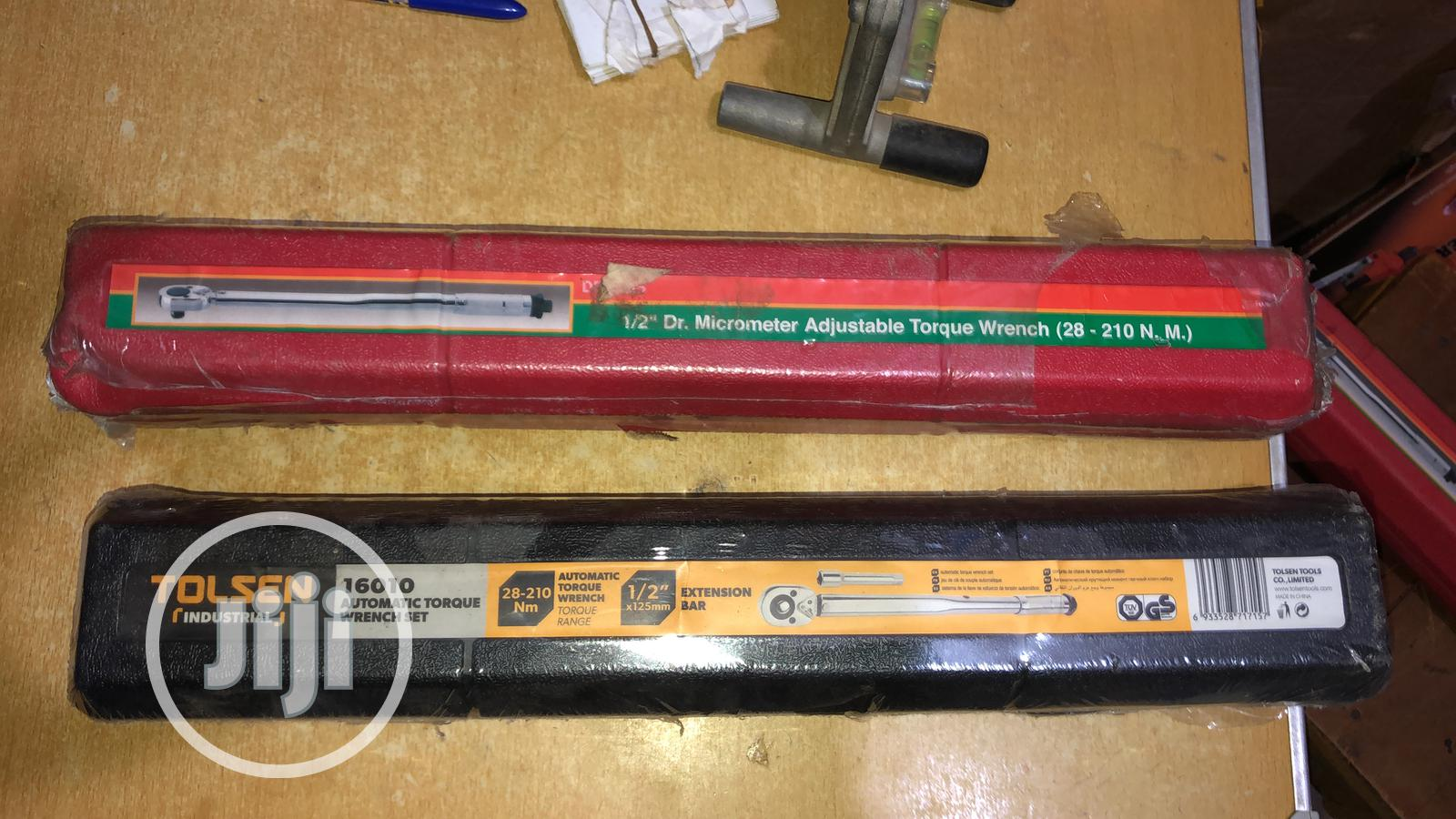 """1/2"""" Dr Micrometer Adjustable Torque Wrench 28 To 210 N.M"""