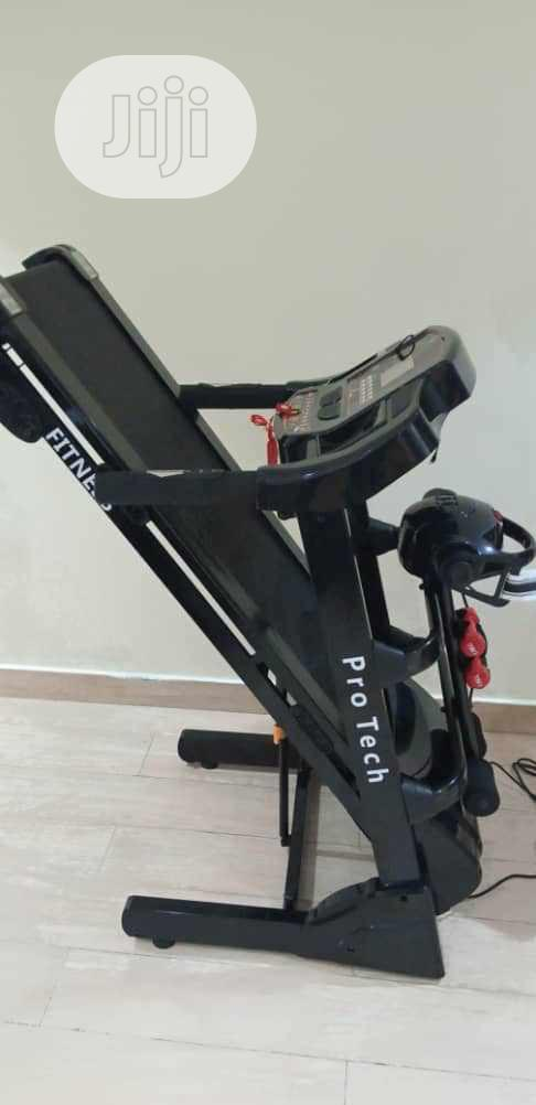 Archive: 2.5hp Treadmill With Massager