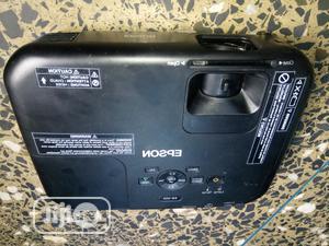 Super Sharp Epson Projector In Ikeja | TV & DVD Equipment for sale in Lagos State, Ikeja