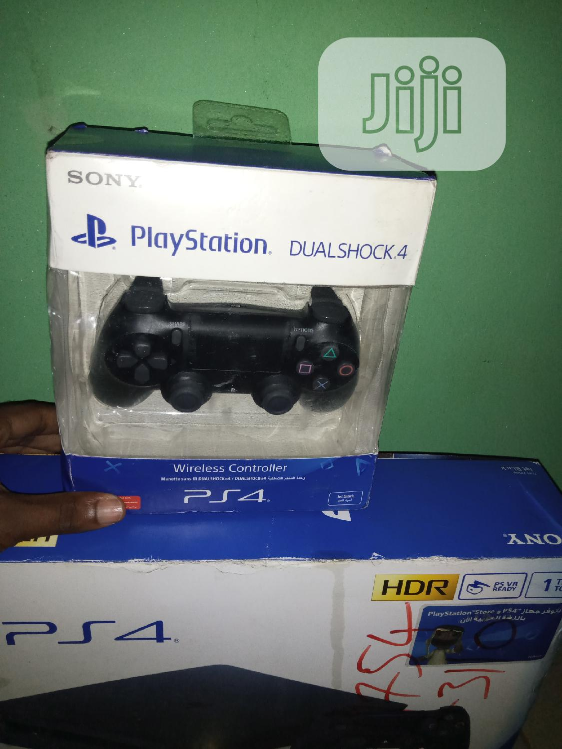 SONY Playstation 4 Dualshock 4 Wireless Controller   Accessories & Supplies for Electronics for sale in Ikeja, Lagos State, Nigeria