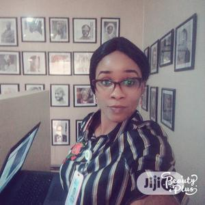 Female TV/Radio Presenter   Part-time & Weekend CVs for sale in Abuja (FCT) State, Wuse