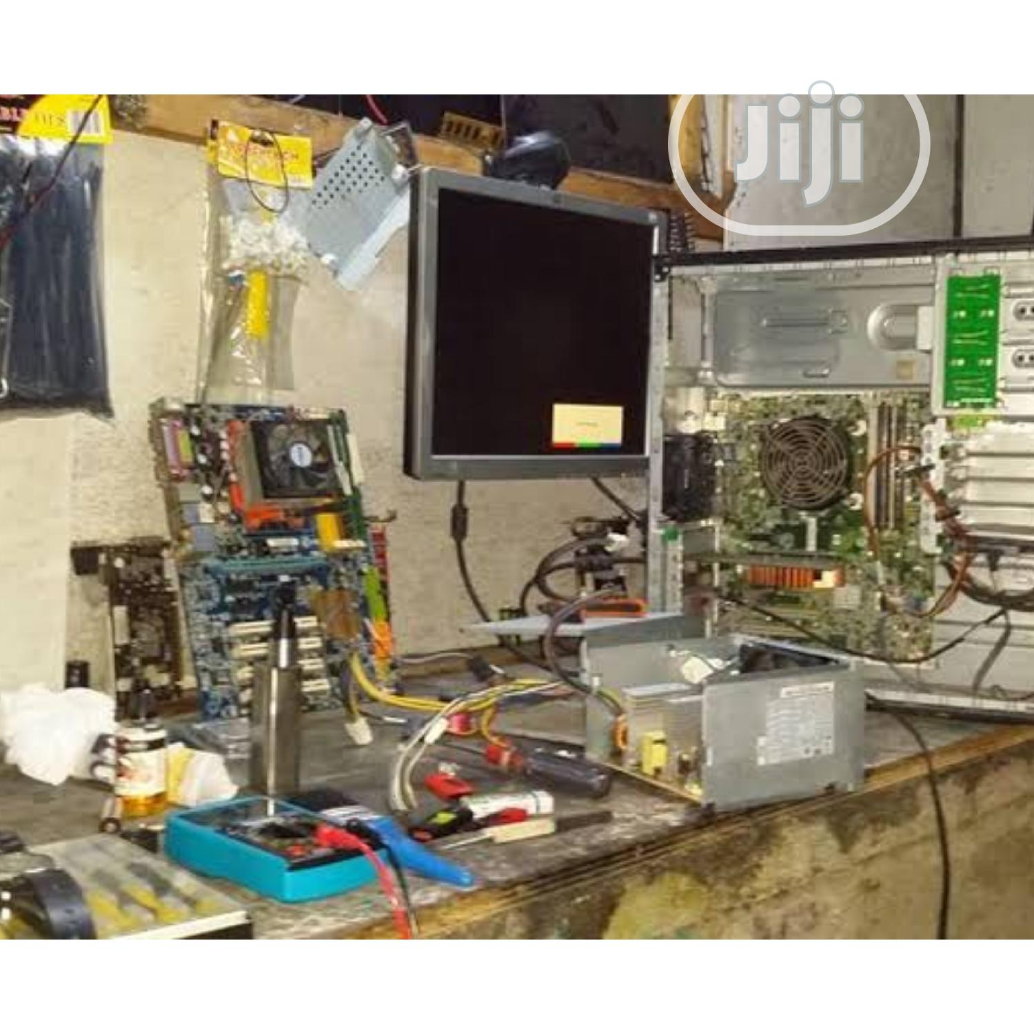 Repairs Damage LCD/LED Computer Monitor | Computer Monitors for sale in Surulere, Lagos State, Nigeria